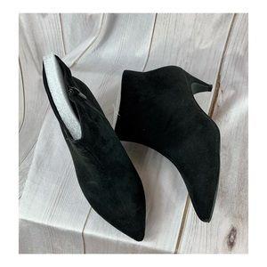 Torrid black WW faux suede kitten heel ankle boot